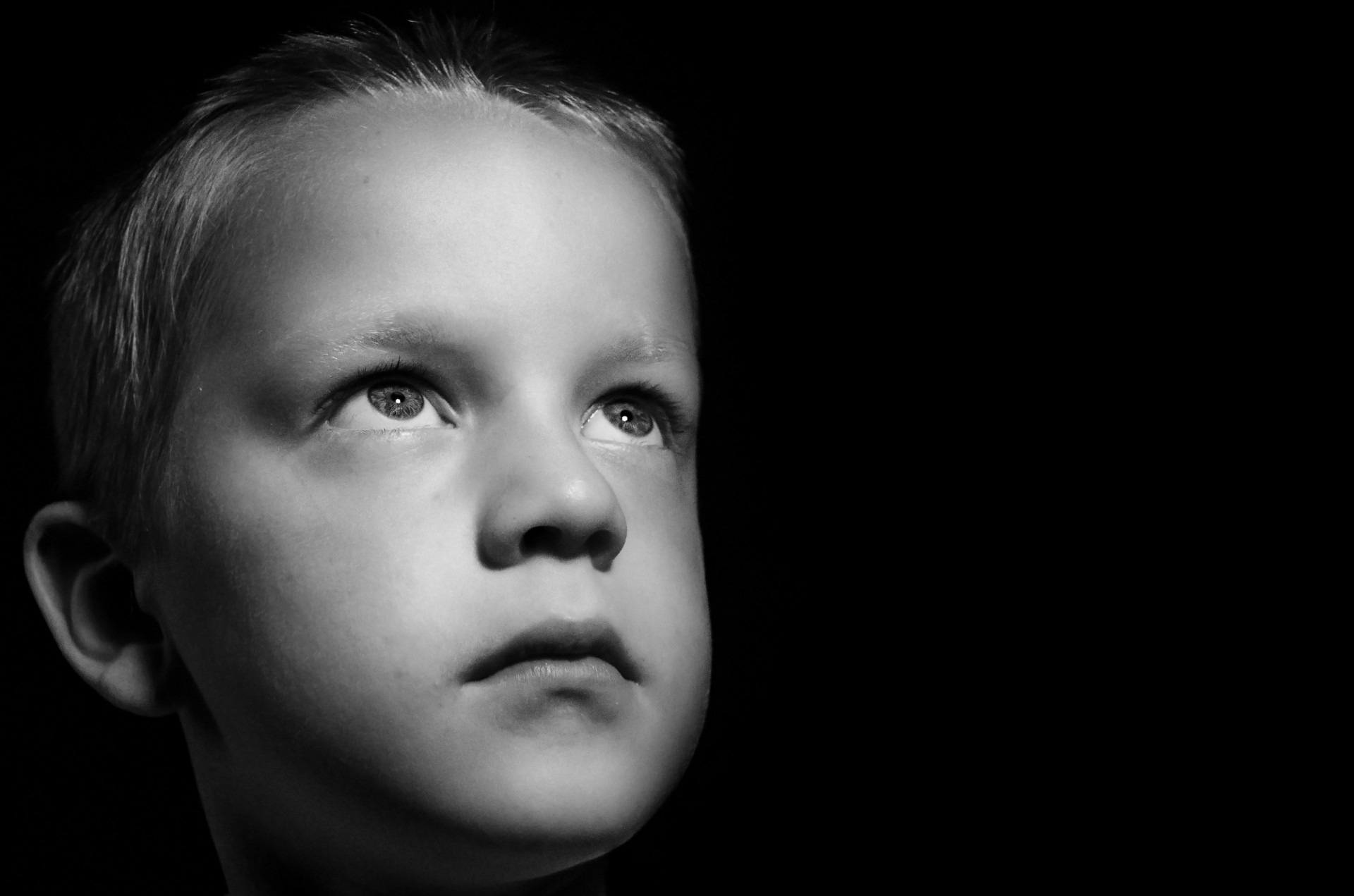 sad-child-1374392232nwk