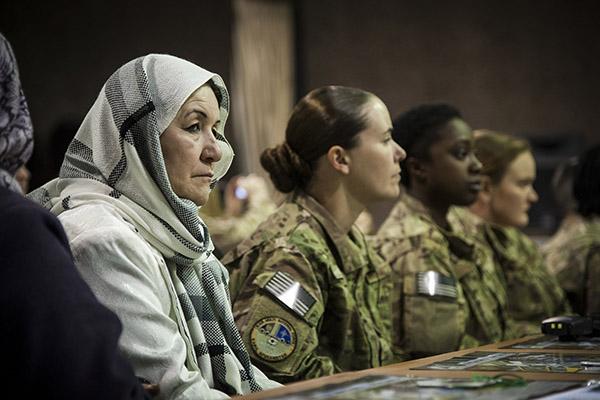 ARI44-2015-Solanas-Mujeres-paz-seguridad-lejos-aspiraciones-Resolucion-1325.jpg